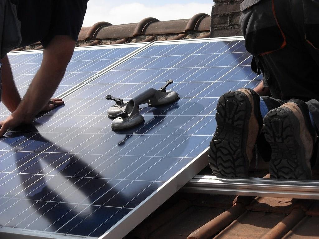 Des panneaux solaires pour être autonome en électricité